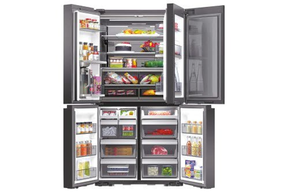 냉장고의 수납을 위한 다양한 아이디어 상품이 있다. [중앙포토]